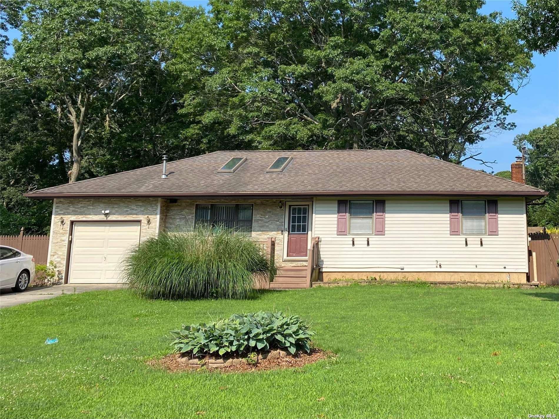 399 Birch Hollow Drive, Shirley, NY 11967 - MLS#: 3330272