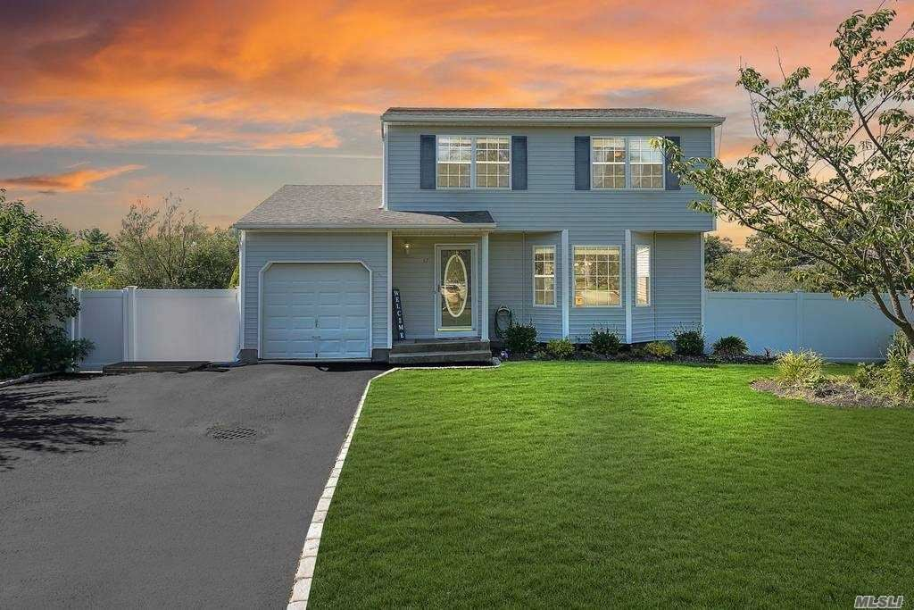 37 Sunbonnet Lane, Bellport, NY 11713 - MLS#: 3240273