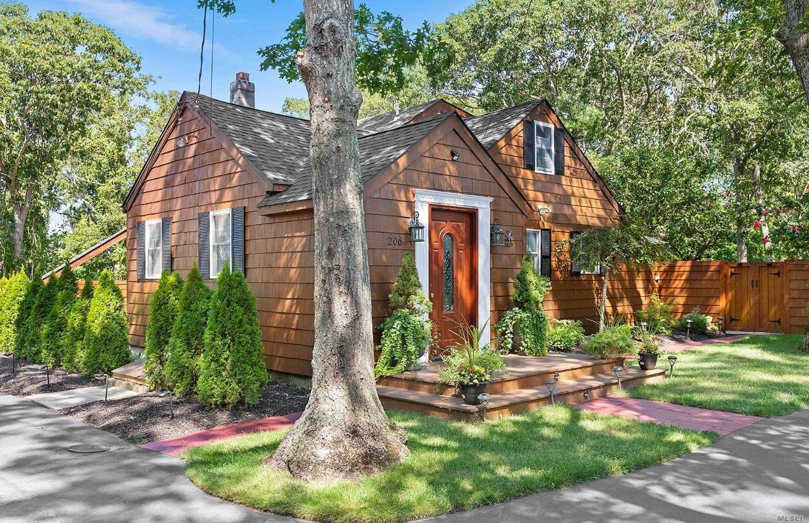 206 Old Wakeman Road, Hampton Bays, NY 11946 - MLS#: 3245273