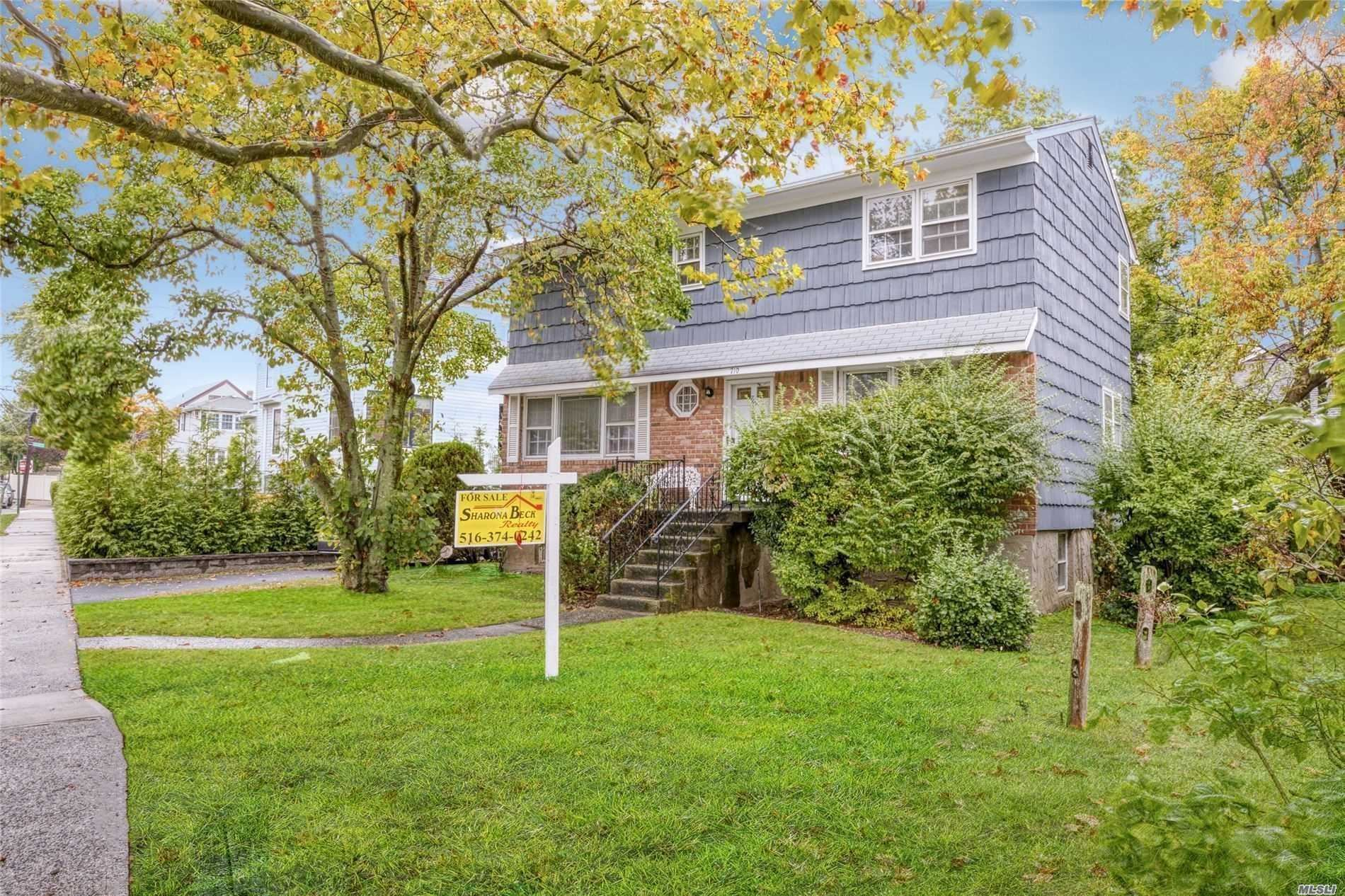 710 Frisco Avenue, Far Rockaway, NY 11691 - MLS#: 3215275
