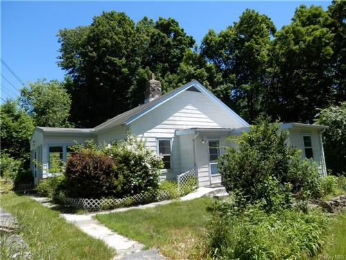 Photo of 284 Barger Street, Putnam Valley, NY 10579 (MLS # H6011276)