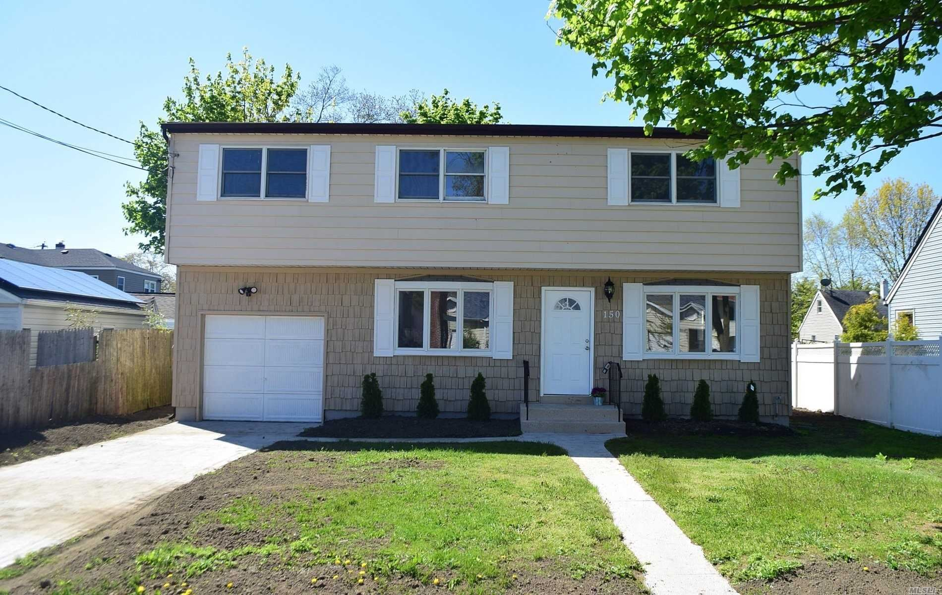 150 Brookside Ct, Copiague, NY 11726 - MLS#: 3215276