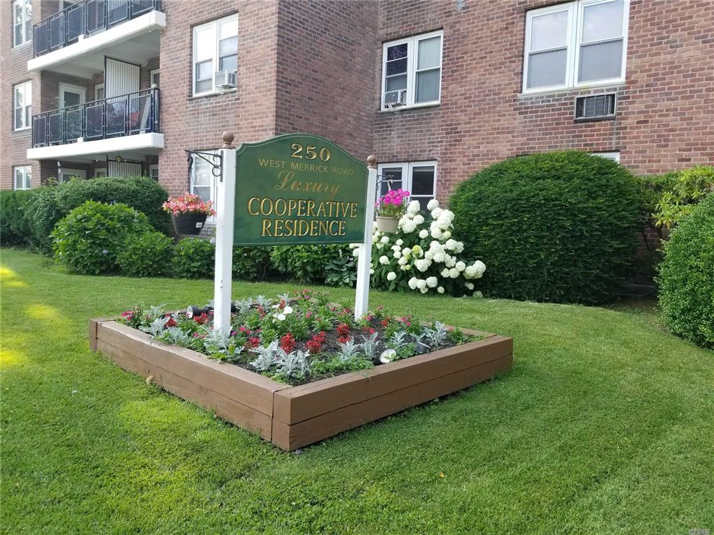 250 W Merrick Road #2 O, Freeport, NY 11520 - MLS#: 3151279