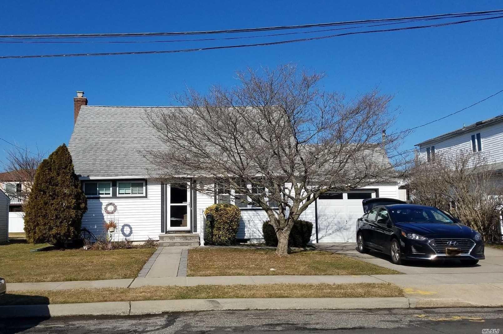 24 Miller Circle, Hicksville, NY 11801 - MLS#: 3202280