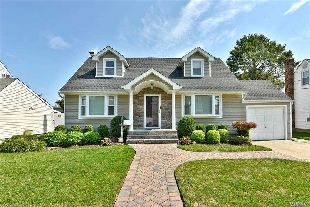 49 W Zoranne Drive, Farmingdale, NY 11735 - MLS#: 3251280