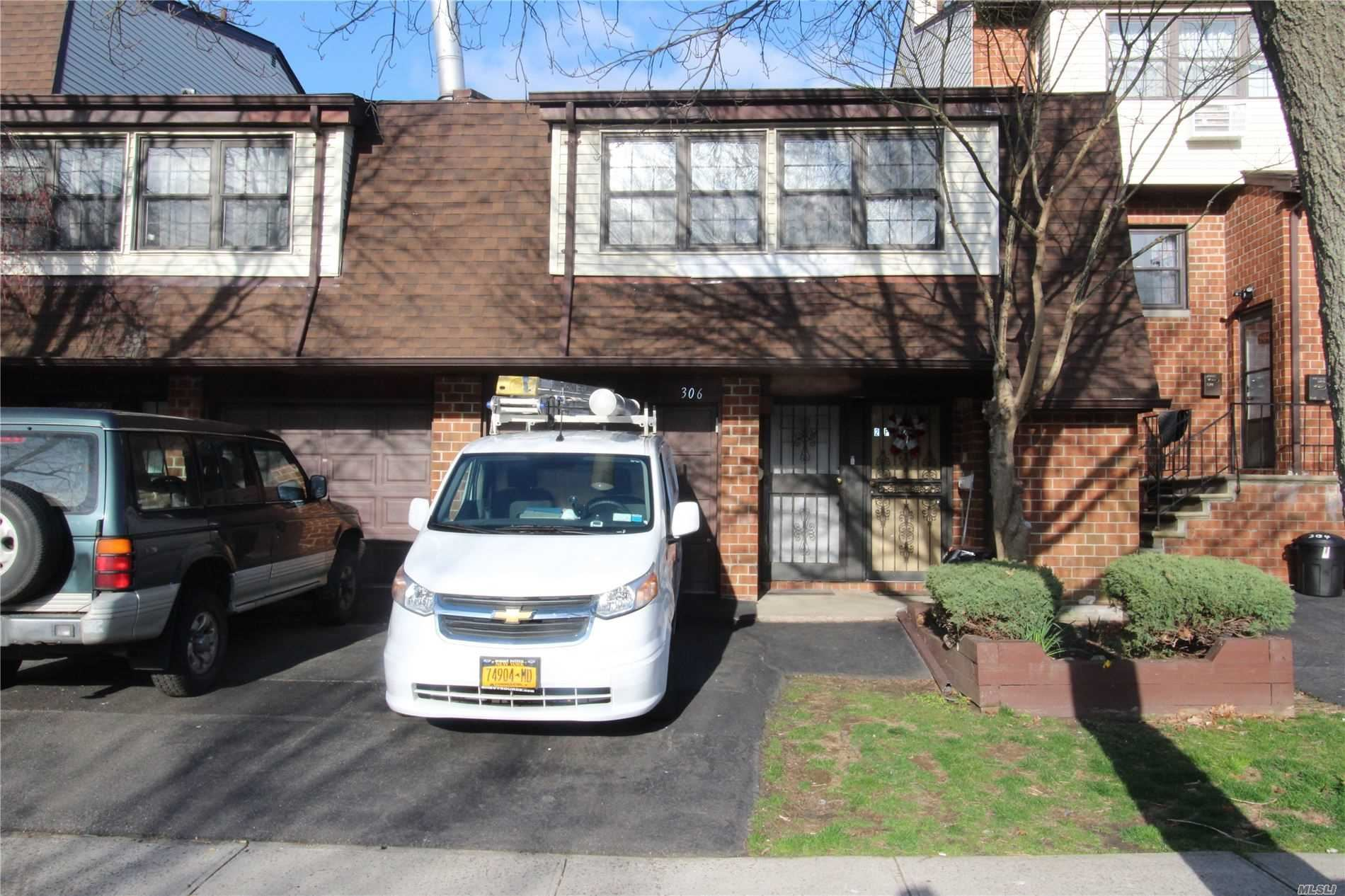 3-06 121st Street #77, College Point, NY 11356 - MLS#: 3210281