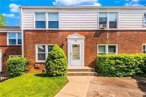 Photo of 20 Hilltop Acres #20, Yonkers, NY 10704 (MLS # H6042284)