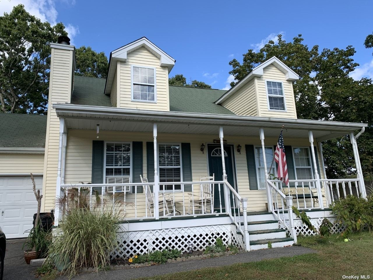 11 E Lakeview Drive, Center Moriches, NY 11934 - MLS#: 3351284