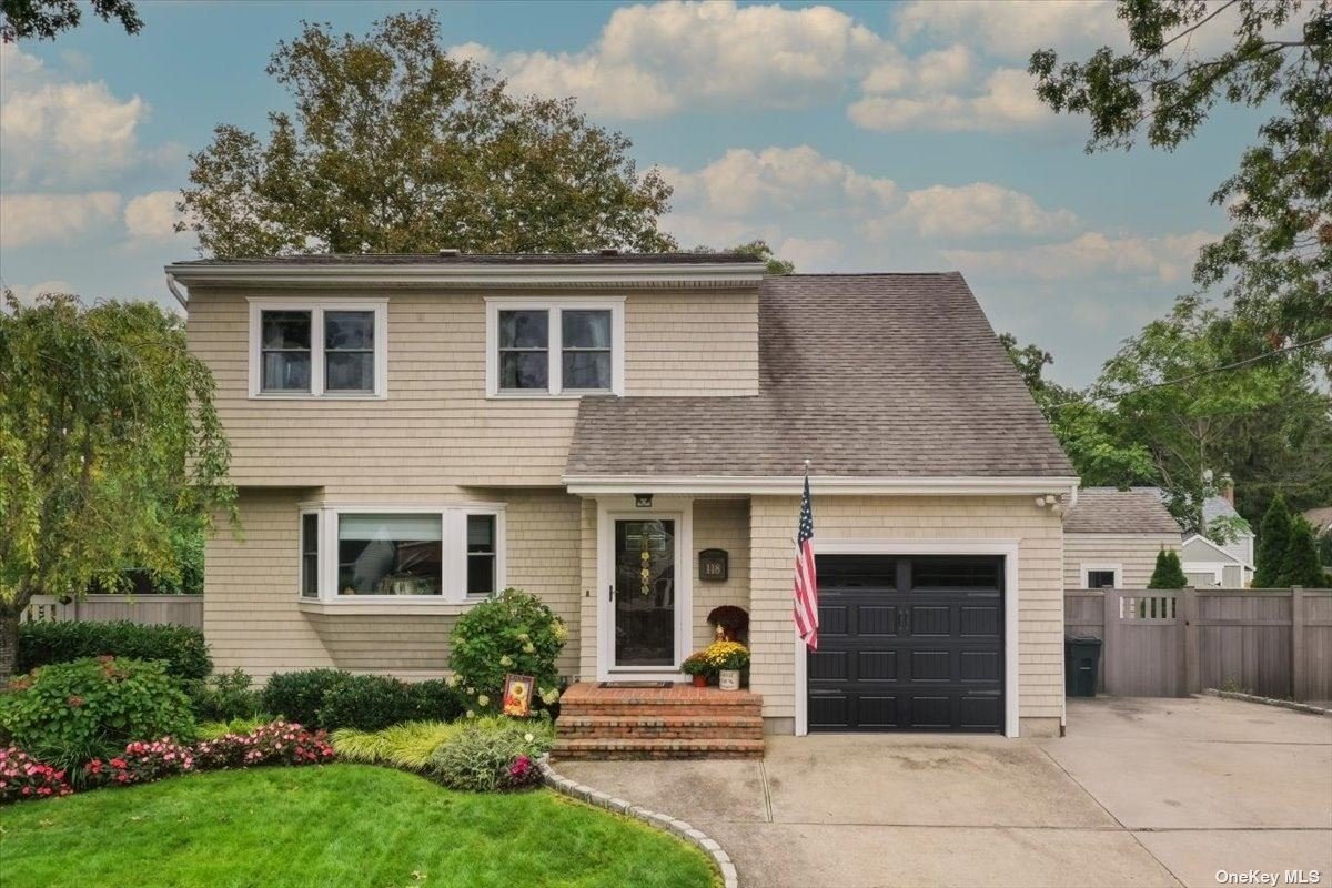 118 N Prospect Avenue, Patchogue, NY 11772 - MLS#: 3353285