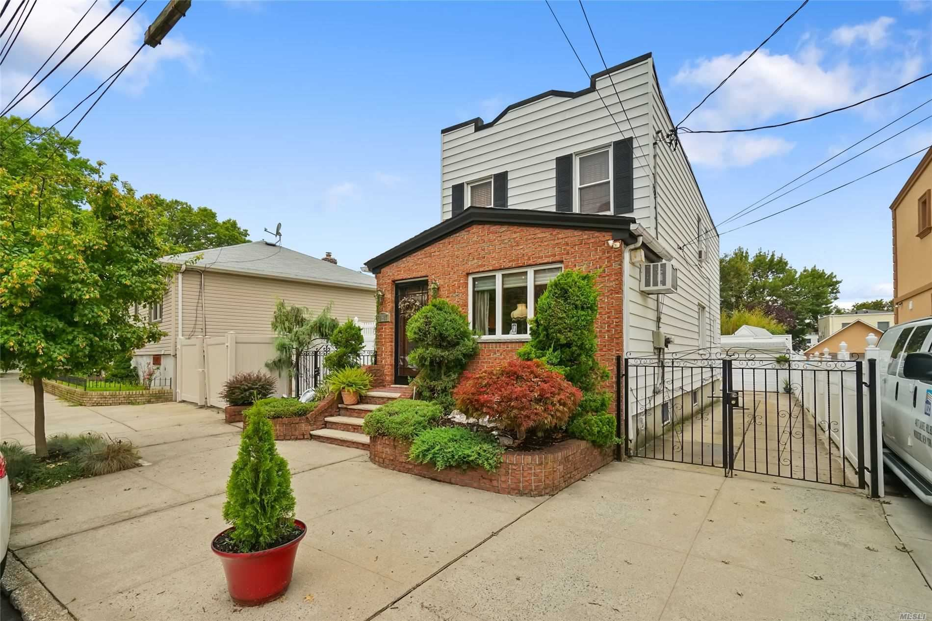 71-17 66 Drive, Middle Village, NY 11379 - MLS#: 3243286