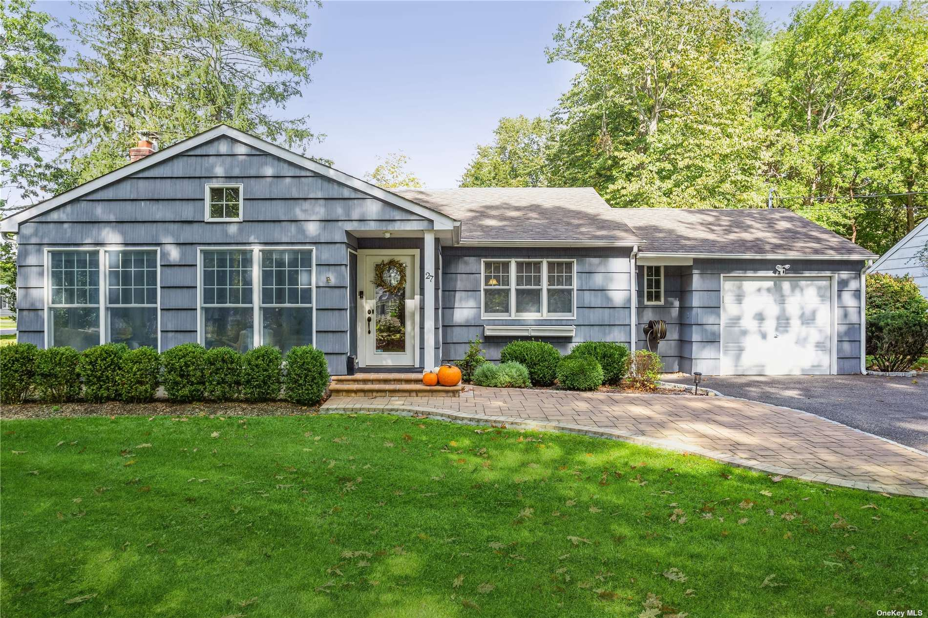 27 Spruce Drive, East Patchogue, NY 11772 - MLS#: 3353286