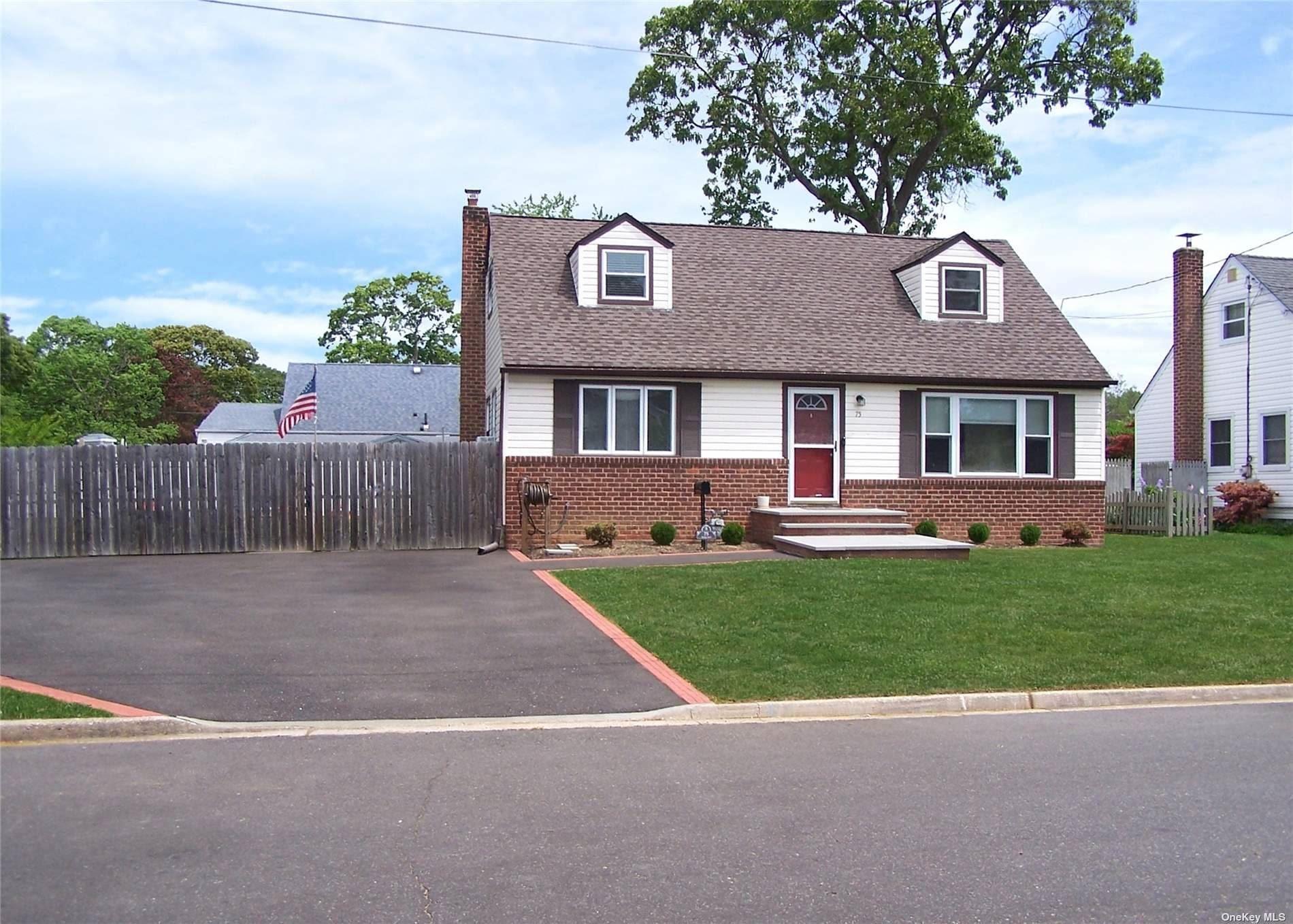 75 Brookes Road, North Babylon, NY 11703 - MLS#: 3316287