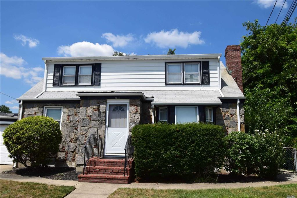 1833 Front Street, East Meadow, NY 11554 - MLS#: 3161289
