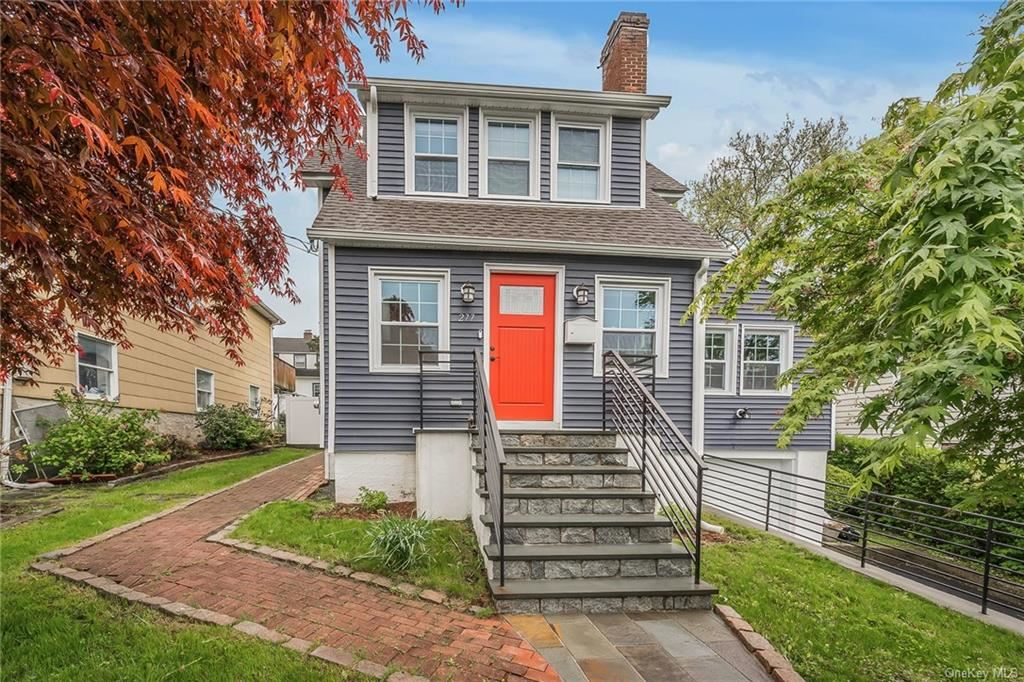 Photo of 277 Chatterton Parkway, White Plains, NY 10606 (MLS # H6112291)