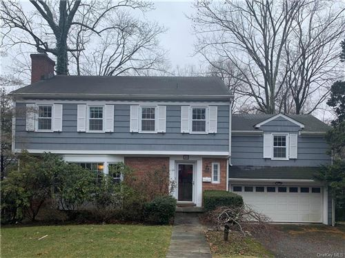 Photo of 10 Forest Lane, Scarsdale, NY 10583 (MLS # H6091292)