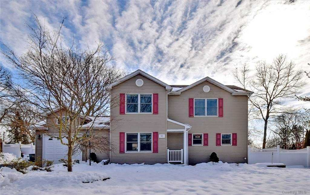 90 Newman Street, Patchogue, NY 11772 - MLS#: 3287294