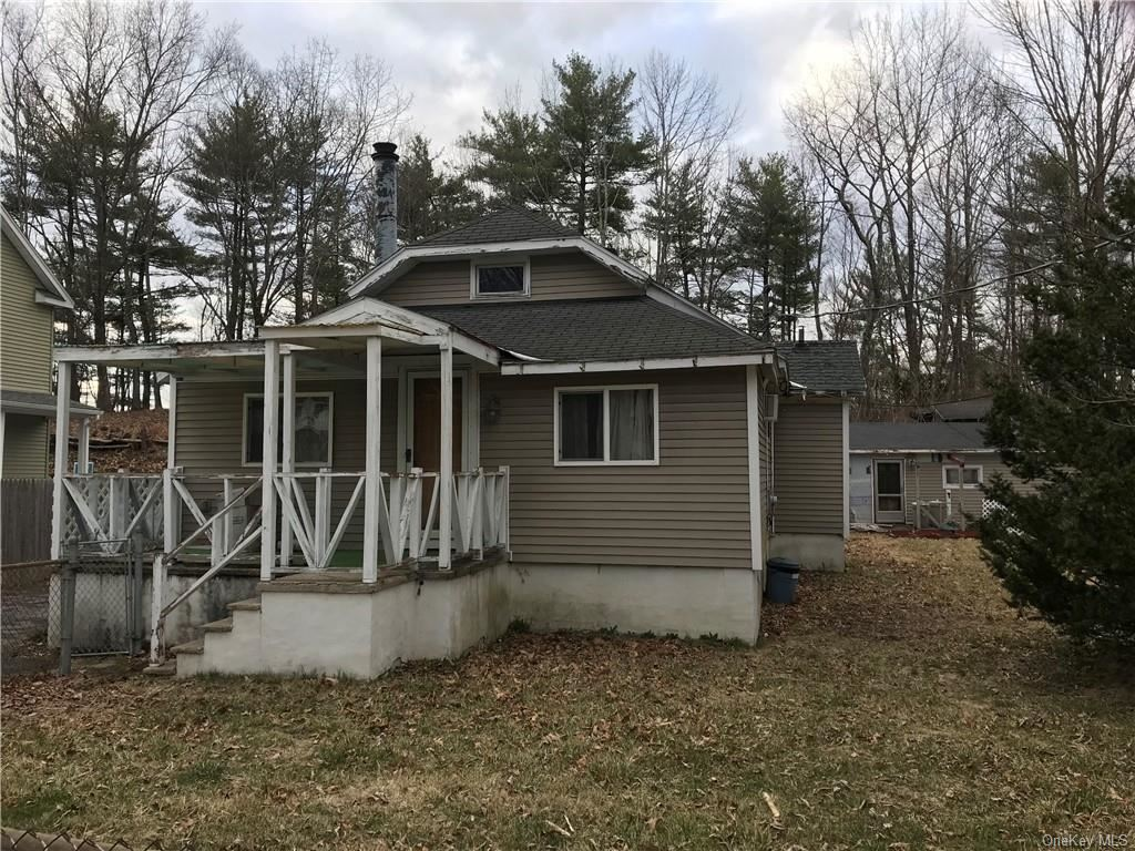 Photo of 1026 St Hwy 211, Mount Hope, Ny 10940 (MLS # H6026294)