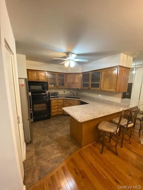 Photo of 918 Old Country Road, Greenburgh, Ny 10523 (MLS # H6032295)
