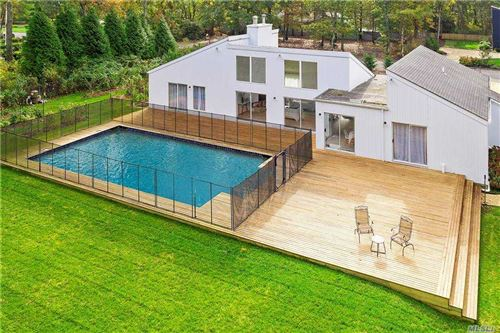 Photo of 6 The Registry, E. Quogue, NY 11942 (MLS # 3264297)