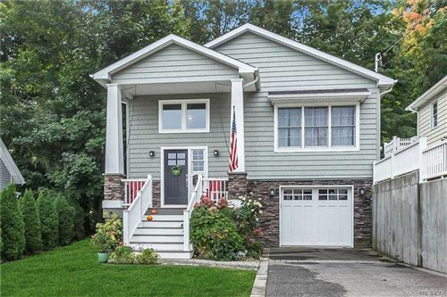 Photo of 23 Capitol Court, Oyster Bay, NY 11771 (MLS # 3256298)