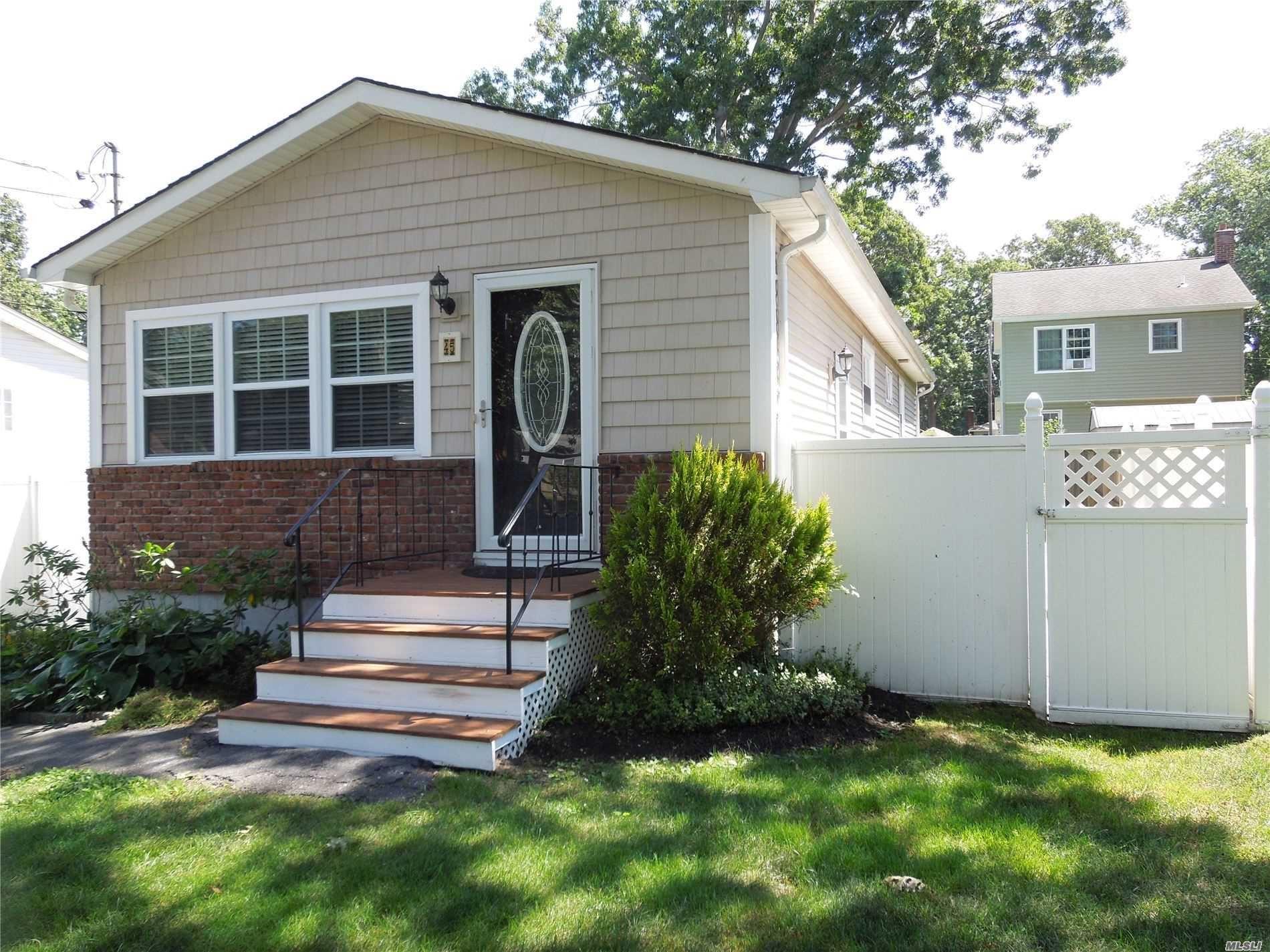 45 Penn Street, Lake Grove, NY 11755 - MLS#: 3237298