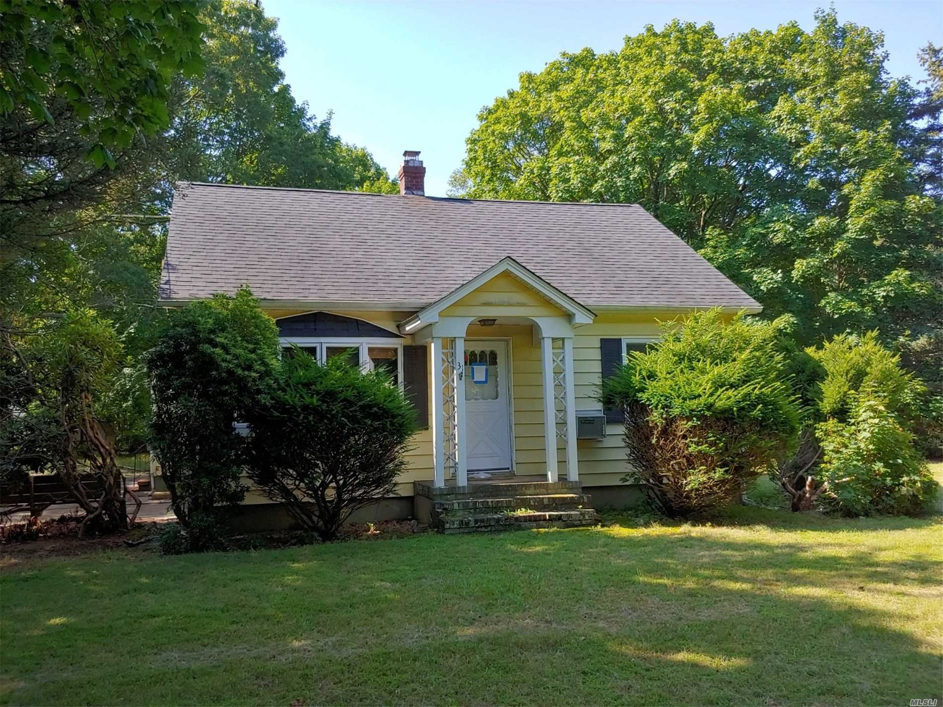 31 Old Stone Road, Calverton, NY 11933 - MLS#: 3204299