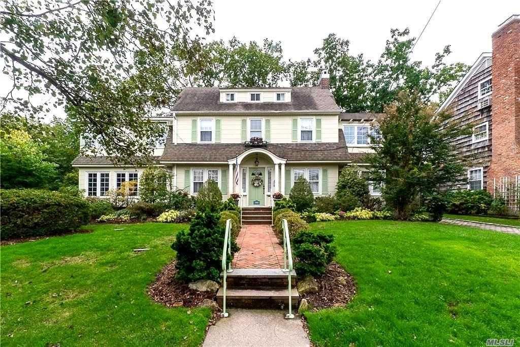 214 Grosvenor Street, Douglaston, NY 11363 - MLS#: 3255300