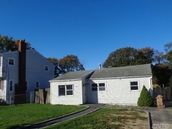 24 Louis Avenue, Patchogue, NY 11772 - MLS#: 3179301