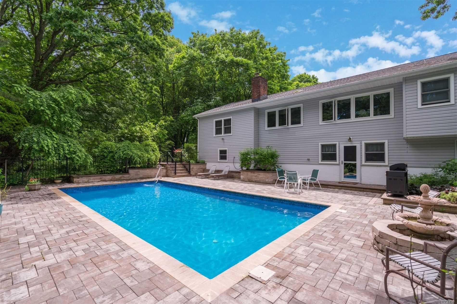 25 Walnut Place, Huntington, NY 11743 - MLS#: 3185301