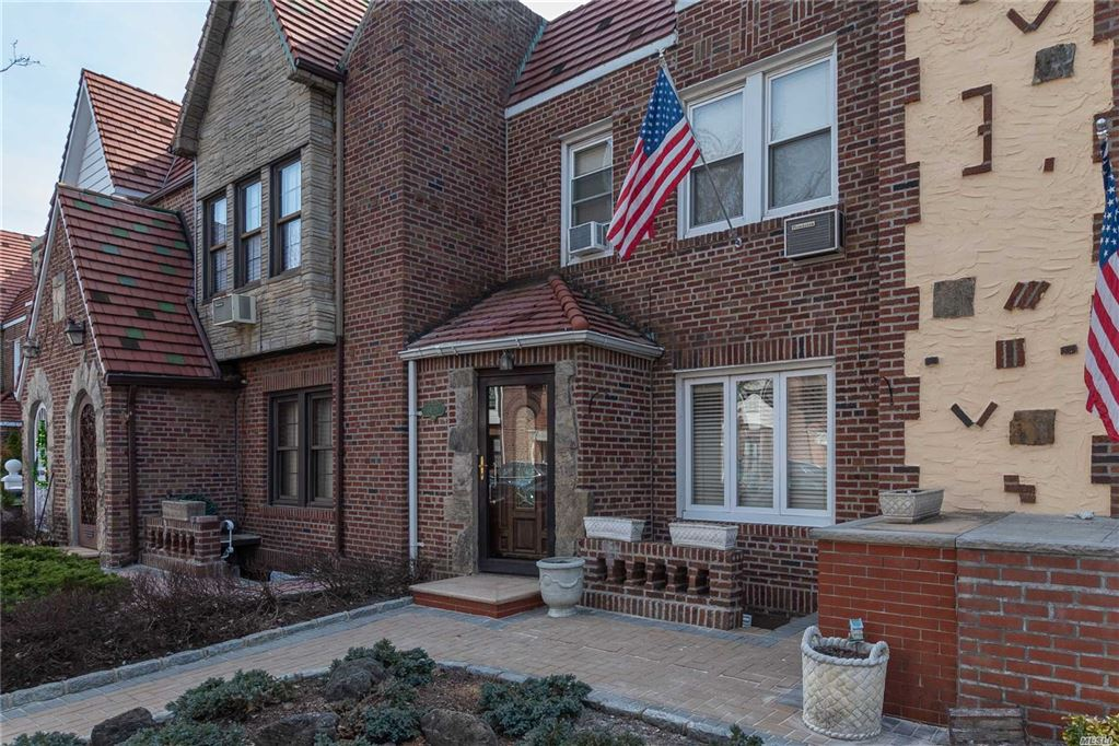 64-28 84th Street, Middle Village, NY 11379 - MLS#: 3110302