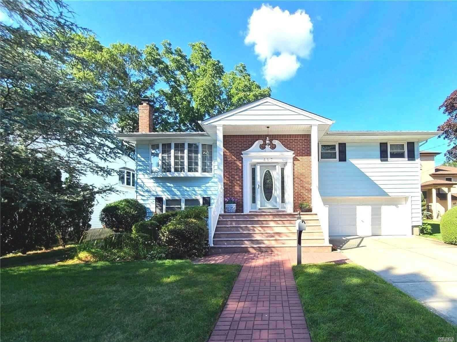 417 Berrywood Ct, West Hempstead, NY 11552 - MLS#: 3230302