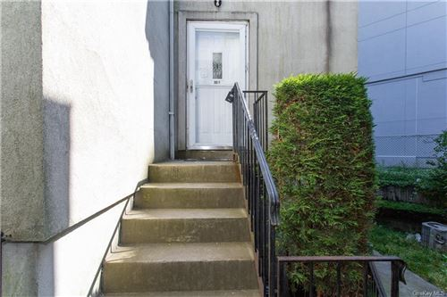 Photo of 33 Franklin Avenue #3, New Rochelle, NY 10805 (MLS # H6049303)