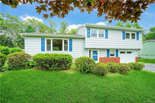 Photo of 332 Lake Vue Dr. Drive, Montgomery, NY 12549 (MLS # H6042304)