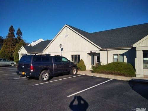 Photo of 186 W Montauk Highway, Hampton Bays, NY 11946 (MLS # 3288305)