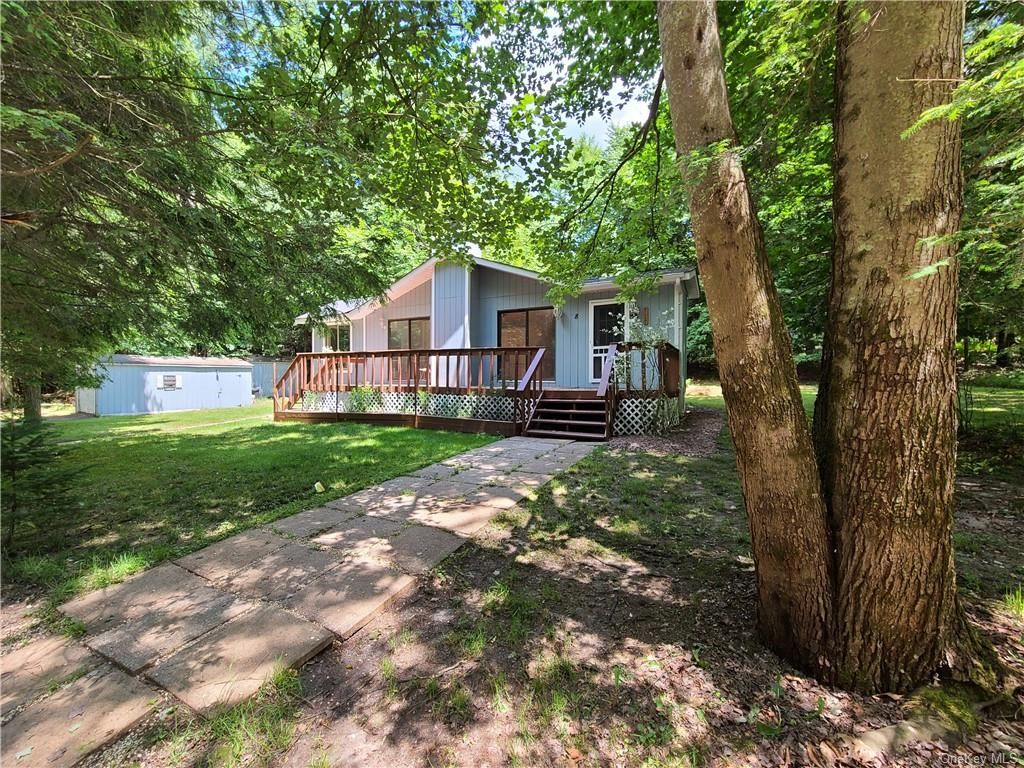 Photo for 8 Beaver Trail, Smallwood, NY 12778 (MLS # H6048307)