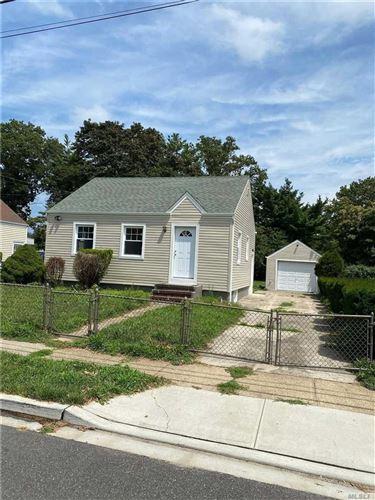 Photo of 305 Maplegrove Ave, Uniondale, NY 11553 (MLS # 3241309)