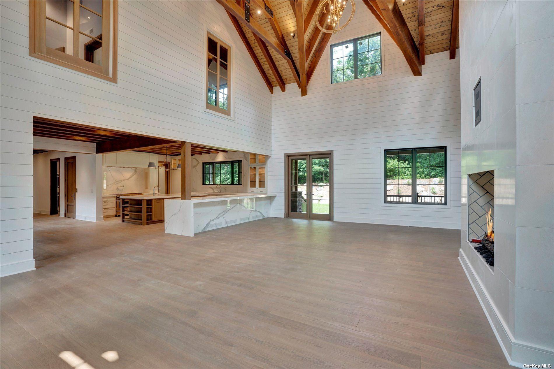 Photo of 515 Centre Island Road, Centre Island, NY 11771 (MLS # 3238309)