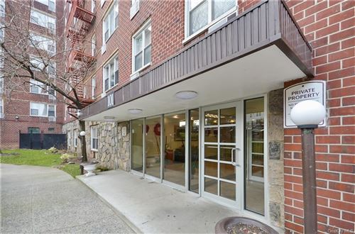 Photo of 101 Highland Avenue #2S, Yonkers, NY 10705 (MLS # H6091310)