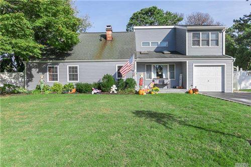 Photo of 3 Silver Pine Drive, Medford, NY 11763 (MLS # 3263312)