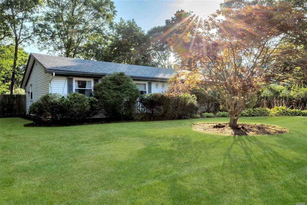 4 Christmann Avenue, East Moriches, NY 11940 - MLS#: 3152312