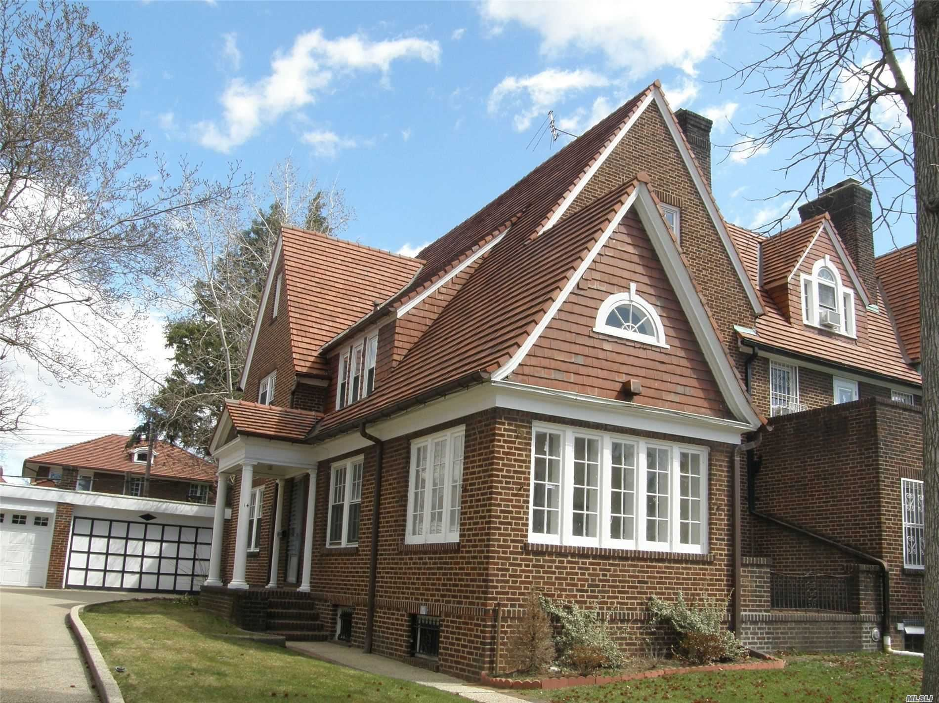 14 Groton St, Forest Hills, NY 11375 - MLS#: 3232314