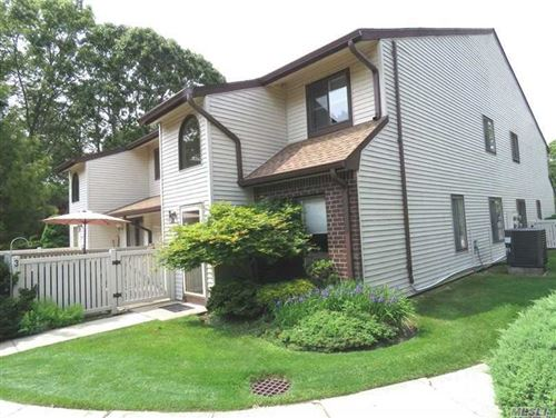 Photo of 374 S Clubhouse Ct, Coram, NY 11727 (MLS # 3217315)
