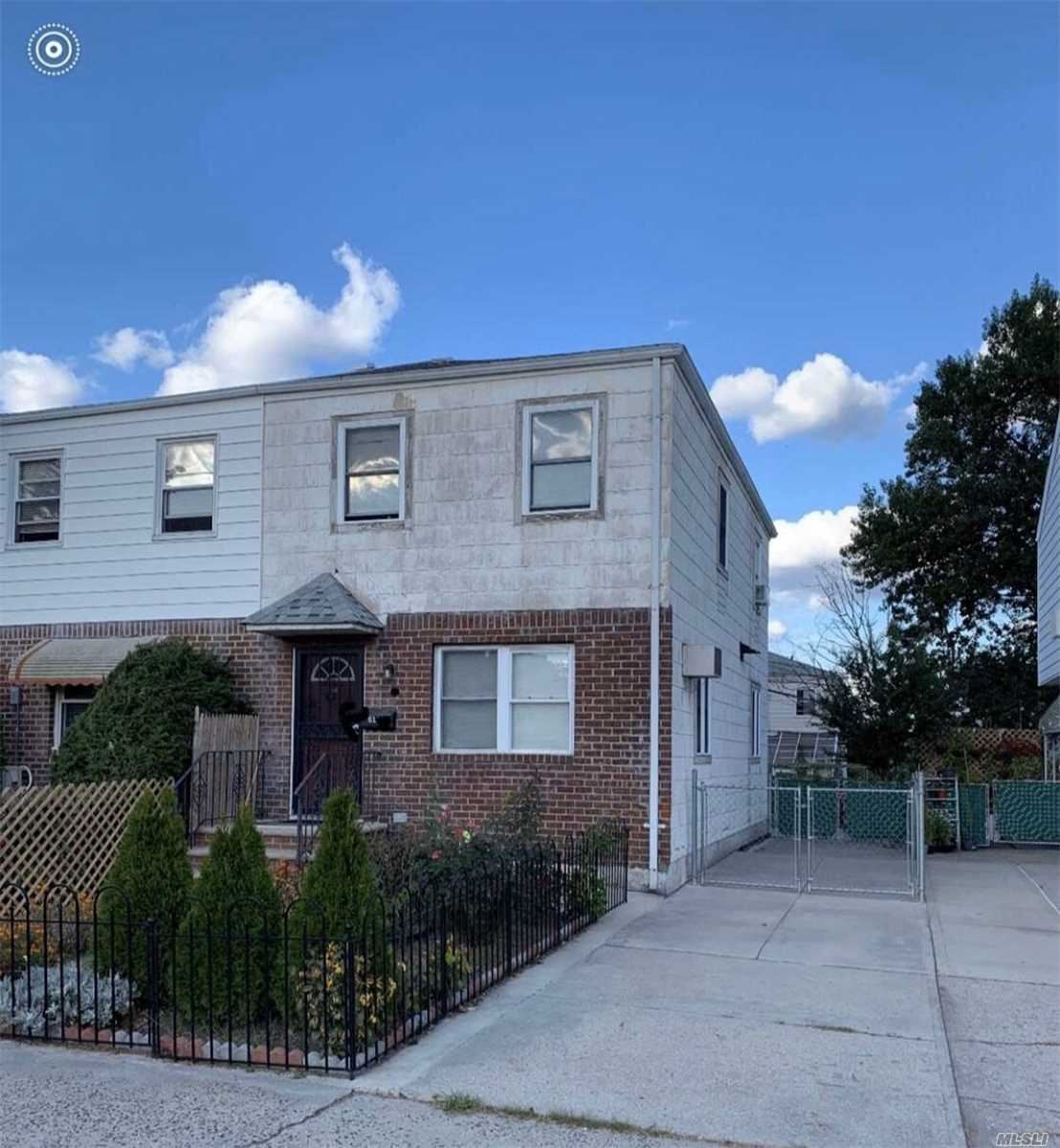 61-35 84 Street, Middle Village, NY 11379 - MLS#: 3232316
