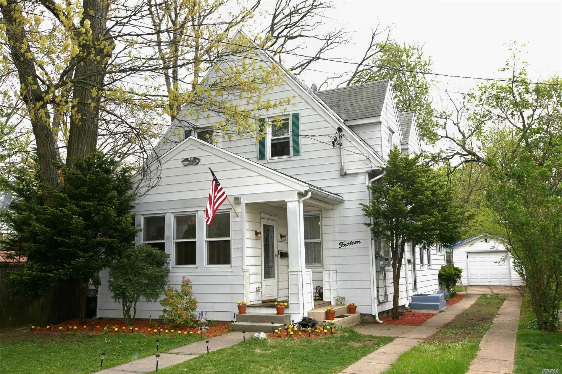14 Saint Nicholas Street, Lynbrook, NY 11563 - MLS#: 3215317
