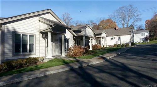 Photo of 1 Hunter Avenue, Armonk, NY 10504 (MLS # H6058318)