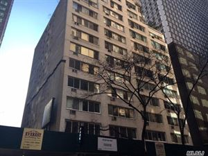 Photo of 240 E 55 St Unit #11C, Out Of Area Town, NY 10022 (MLS # 3101319)