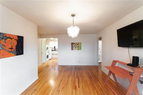 Photo of 7 Lawrence Drive #D, White Plains, NY 10603 (MLS # H6092319)