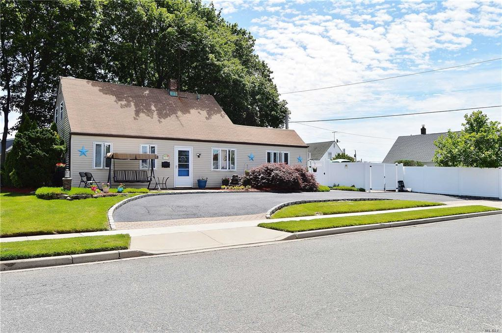 1 Firtree Lane, Levittown, NY 11756 - MLS#: 3139319
