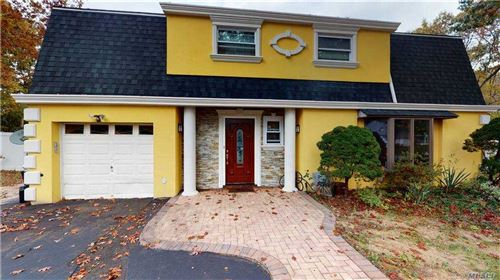 Photo of 7 Linden St St, Coram, NY 11727 (MLS # 3264321)