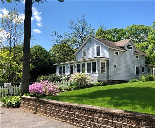 Photo of 20 Robinson Avenue, Bedford Hills, NY 10507 (MLS # H6041323)